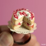 Cake_Ring_by_Hummingbird_Miniatures
