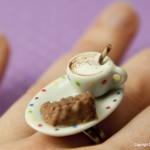 Cake_and_Cappuccino_Ring_by_Hummingbird_Miniatures