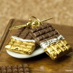 Chocolate_Earrings_by_Hummingbird_Miniatures