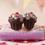 Cupcake_Earrings_by_Hummingbird_Miniatures