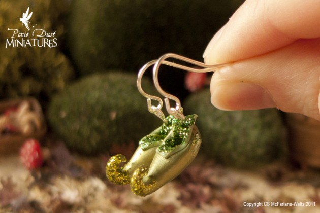 Leprechaun_Shoes_Earrings_by_Pixie_Dust_Miniatures