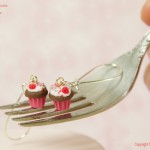 Raspberry_cupcake_Earrings_by_Hummingbird_Miniatures