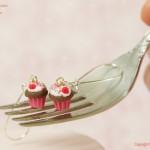 Raspberry_cupcake_Earrings_by_Hummingbird_Miniatures