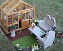 Miniature Garden & Greenhouse