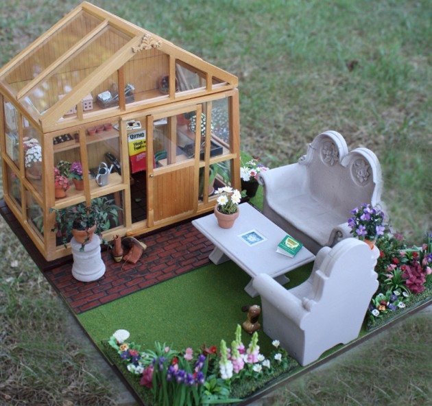 Miniature Garden & Greenhouse